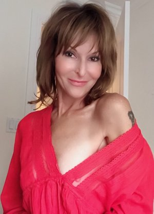 Lou-salomé incall escort in El Cerrito