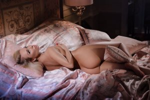 Franciette outcall escorts